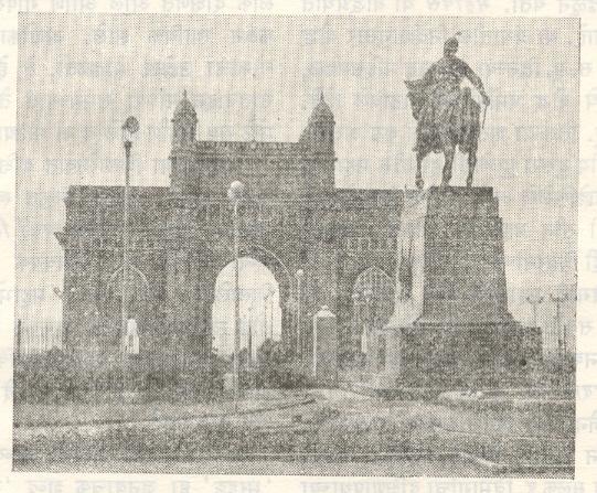 शिवछत्रपतींचा पुतळा, गेटवे ऑफ इंडिया, मुंबई