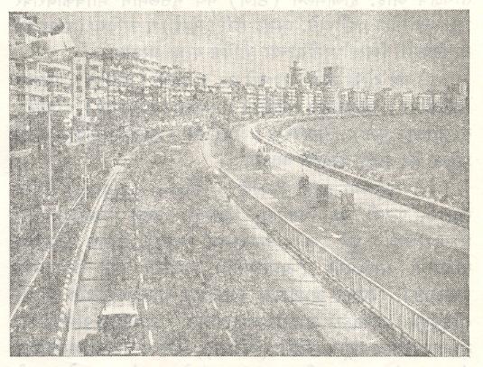 मरीन ड्राइव्ह, मुंबई.